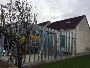 Extension maison contemporaine structure metallique à Mantes-la-jolie (78)