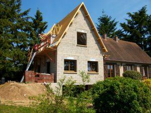 Maçonnerie agrandissement maison toiture